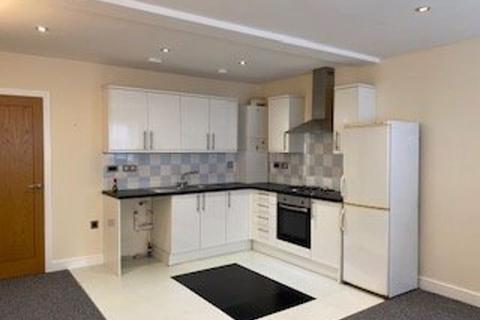 3 bedroom flat to rent - Queen Victoria Road