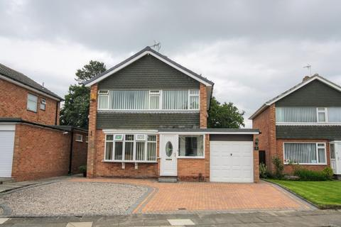 3 bedroom detached house for sale - Yiewsley Drive, Darlington