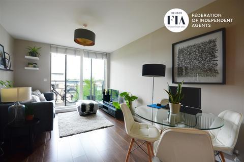 1 bedroom apartment for sale - Gilbert House, Great West Quarter, Brentford