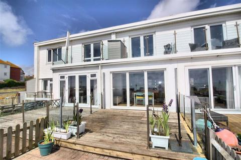 2 bedroom terraced house for sale - Marine Parade, Seaford, East Sussex