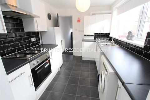 2 bedroom flat to rent - Croydon Road, Arthurs Hill, NE4