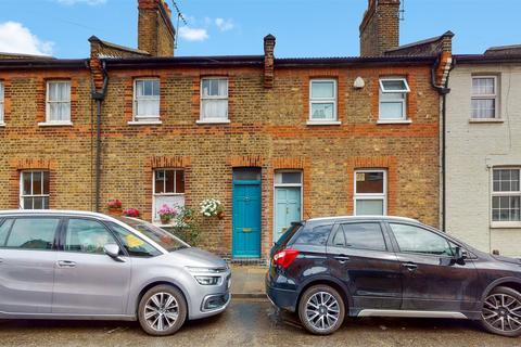 2 bedroom terraced house for sale - Goodhall Street, London