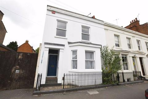 3 bedroom end of terrace house for sale - Russell Terrace, Leamington Spa