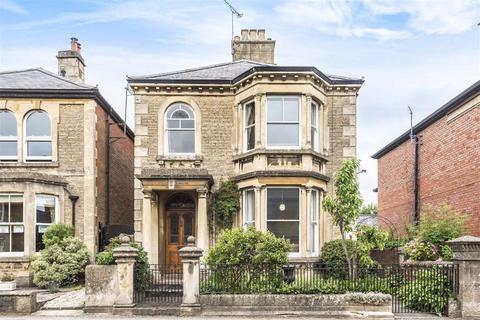3 bedroom house for sale - Marshfield Road, Chippenham, Wilthsire