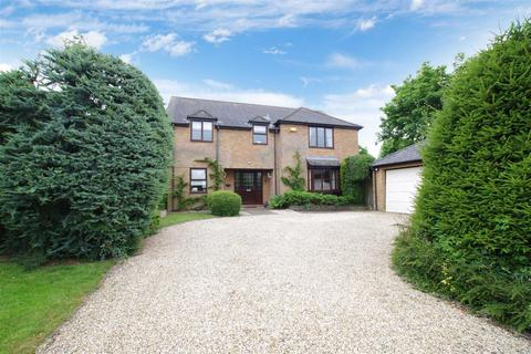 4 bedroom detached house for sale - The Bramptons, Shaw Ridge, Swindon
