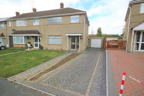 3 bedroom end of terrace house for sale - Watling Close, Rodbourne, Swindon
