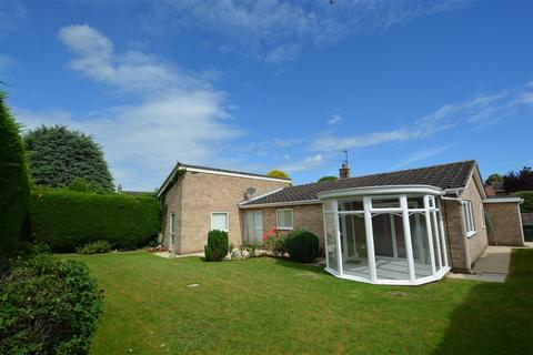3 bedroom detached bungalow for sale - Spring Walk, Brayton, Selby