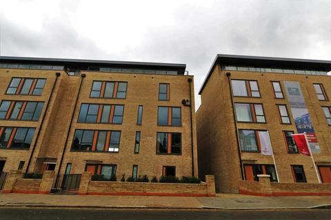 1 bedroom apartment to rent - Mulholland House, 77 Hartfield Road, Wimbledon