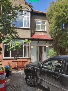 4 bedroom semi-detached house to rent - Pirbright Road, London, SW18 5ND