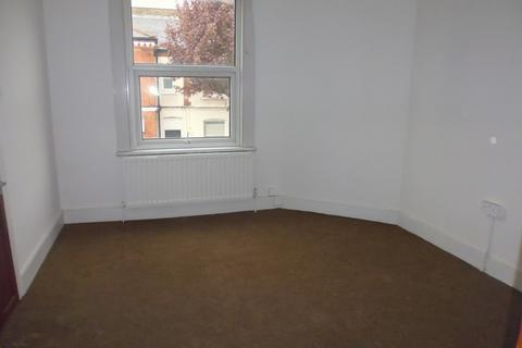 1 bedroom flat to rent - Franciscan Road, Tooting Bec, Tooting Broadway, Balham,, London SW17