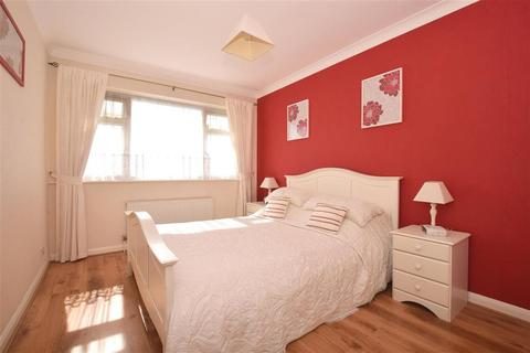 3 bedroom terraced house for sale - Yarrow Close, Broadstairs, Kent