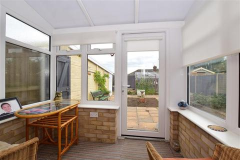 2 bedroom semi-detached bungalow for sale - Marshall Crescent, Broadstairs, Kent