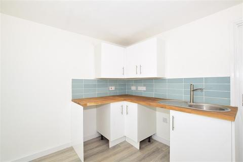 2 bedroom apartment for sale - Cheriton Place, Folkestone, Kent