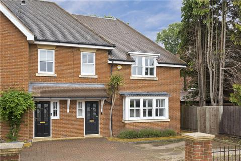 4 bedroom semi-detached house for sale - Acacia Road, Hampton, Middlesex, TW12
