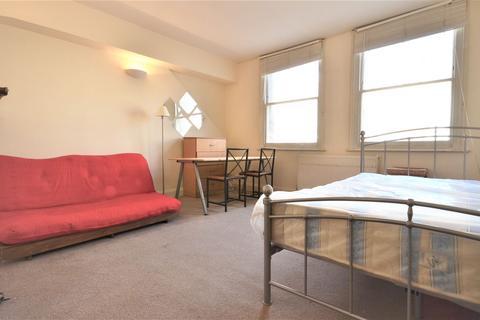 Studio to rent - Royal College Street, Camden, NW1 9QS