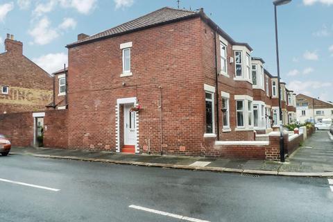 3 bedroom ground floor flat for sale - Willow Grove, Wallsend, Tyne and Wear, NE28 6PN