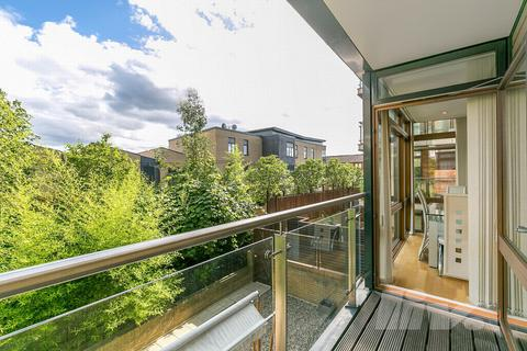3 bedroom apartment for sale - The Pulse, Lymington Road, Hampstead, NW6