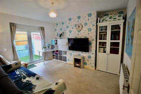 2 bedroom flat for sale - Elswick Road, Newcastle Upon Tyne, NE4 8DN