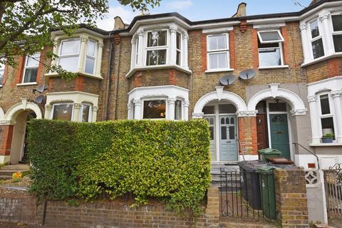2 bedroom ground floor flat for sale - Huxley Road, Leyton