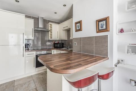 1 bedroom apartment to rent - Romborough Way, London
