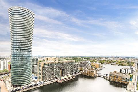 1 bedroom flat to rent - Arena Tower, Canary Wharf, E14