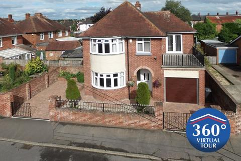 4 bedroom detached house for sale - A wonderful family house in St Thomas