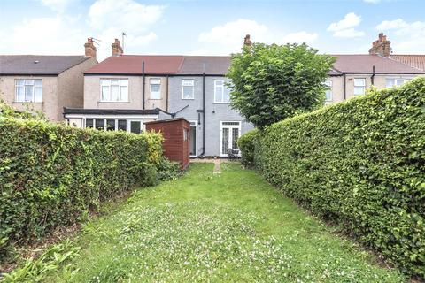 3 bedroom terraced house for sale - Avenue Road, London, SW16