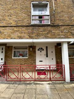 2 bedroom maisonette to rent - Penshurst House, Lovelinch Close, London SE15