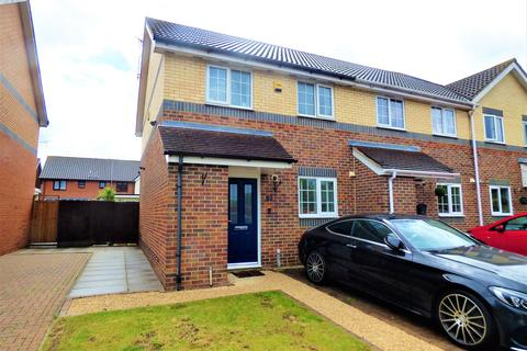 2 bedroom end of terrace house for sale - Scott Drive, Wickford, Essex