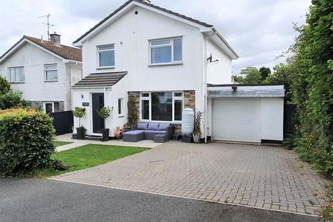 3 bedroom detached house for sale - Woodland Close, Lanivet