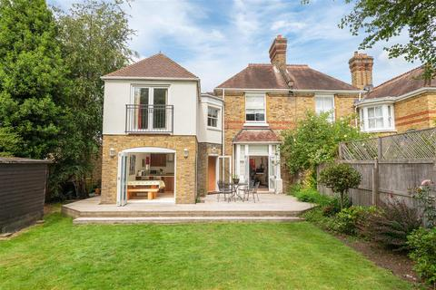 4 bedroom semi-detached house for sale - Kent Road, East Molesey