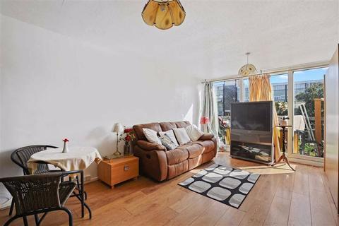 2 bedroom maisonette for sale - Sylvan Road, Upper Norwood, London