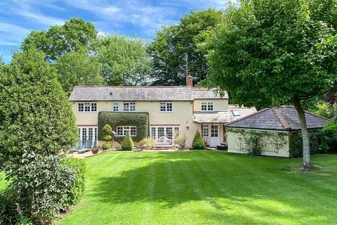 4 bedroom detached house for sale - Beggar Hill, Fryerning