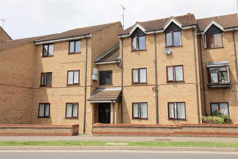 1 bedroom flat for sale - Lion Court, Borehamwood, Herts