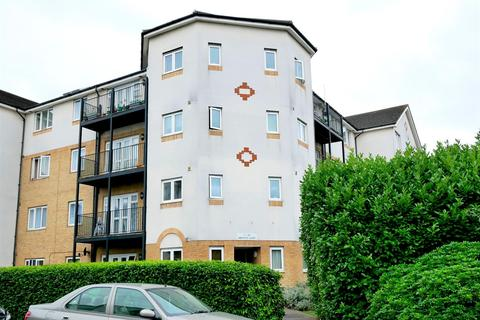 2 bedroom flat to rent - Amethyst Court, Enstone Road, Enfield