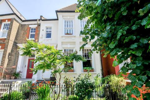 4 bedroom terraced house for sale - Forburg Road, London