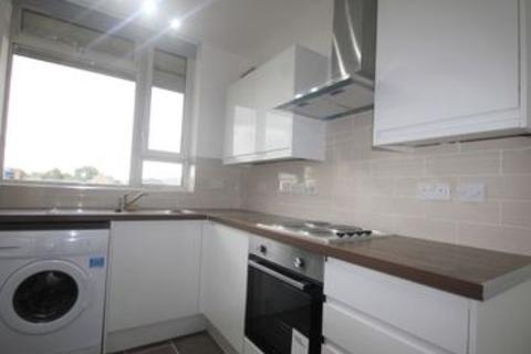 3 bedroom flat to rent - Priory Green, Angel, N1