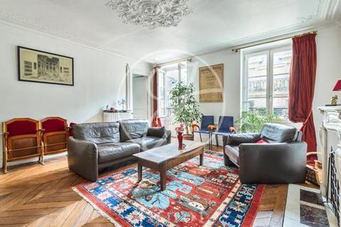 3 bedroom apartment - PARIS, 75009