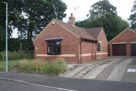 3 bedroom detached bungalow for sale - Blackthorne Avenue, Holt NR25