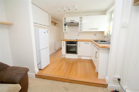 1 bedroom semi-detached bungalow for sale - Birch Green, Staines-upon-Thames, Surrey