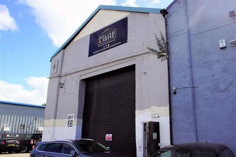 Workshop & retail space to rent - Long Close Works, Leeds, LS9