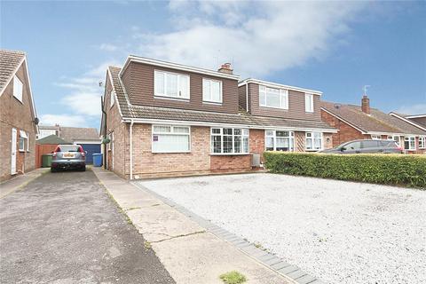 4 bedroom bungalow for sale - Plumtree Road, Thorngumbald, Hull, East Yorkshire, HU12
