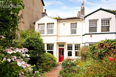 3 bedroom terraced house for sale - Millers Road, Brighton, BN1
