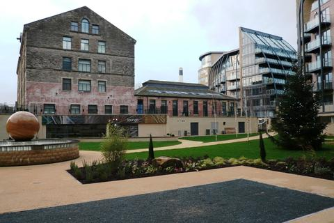2 bedroom flat to rent - Victoria Mills, Salts Mill Road, Shipley, Bradford, BD17 7EA