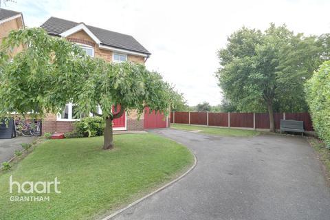 3 bedroom detached house for sale - Webster Way, Grantham