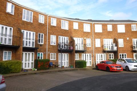 1 bedroom property to rent - Sovereigns Quay, Bedford, MK40