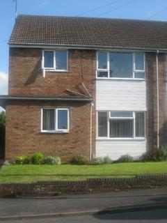 2 bedroom maisonette to rent - Llewellyn Road, Leamington Spa CV31