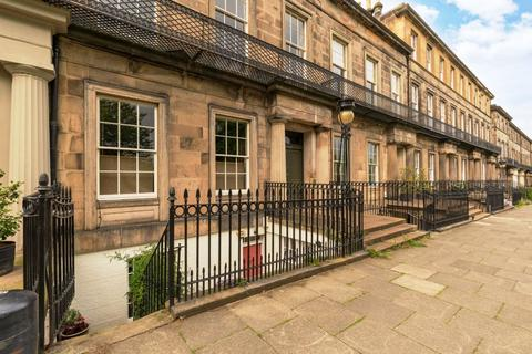 2 bedroom ground floor flat for sale - 6A, Regent Terrace, Edinburgh, EH7 5BN