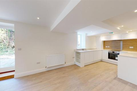 1 bedroom flat for sale - Highgate Hall, Rye Road, Cranbrook, Kent, TN18
