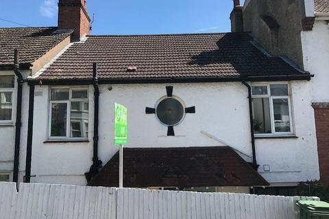 3 bedroom flat to rent - Hollingbury Road, Hollingbury